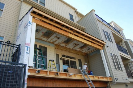 Condo Deck – Adding the Roof 4